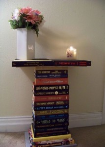 homie spiti book table diy 8